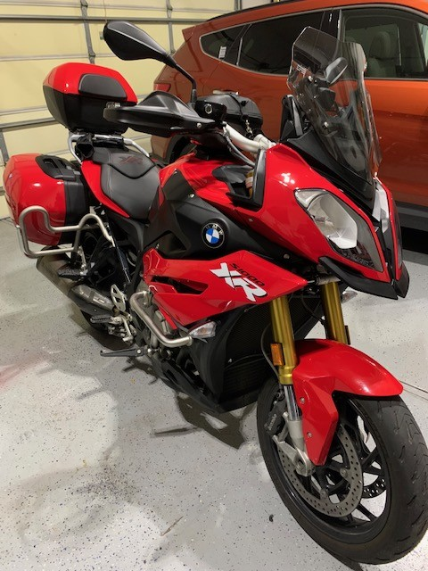S1000XR-with-luggage-guards.jpg